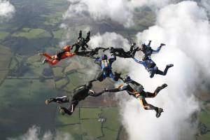 skydiving_cloud